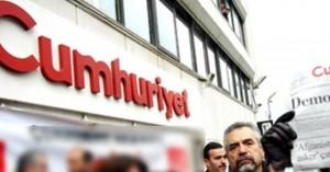 Turchia fuori controllo: ucciso il più importante avvocato curdo e ancora arresti tra i giornalisti. E l'Italia che fa?