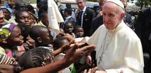 Una sfida a luoghi comuni, rassegnazione, ignavia e alla spirale dell'odio. Con Papa Francesco domenica 6 dicembre ad Assisi