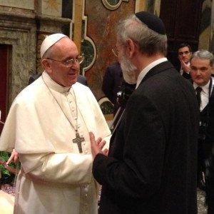 Un futuro di fratelli uniti per l'eternità. La visita di Papa Francesco alla Sinagoga