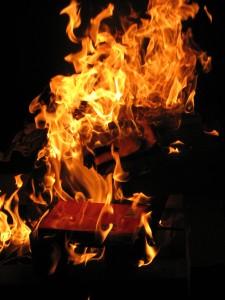 In Russia libri in fiamme