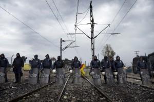 Macedonia, Migranti: fermati 40 reporter europei, tra cui tre di NurPhoto