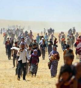 Al confine turco si combatte e i civili in fuga vengono respinti. L'appello di Human Right Watch: aprire la frontiera a chi scappa dall'Isis