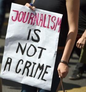 Egitto, giornalisti e attivisti ancora nel mirino della repressione. 2 maggio a Roma per la libertà di stampa