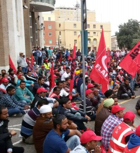 Indiani in piazza. Chiedono solo condizioni di vita e di lavoro accettabili