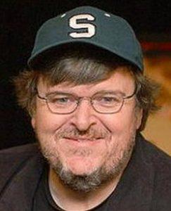 Un Michael Moore folkloristico e superficiale sull'Italia