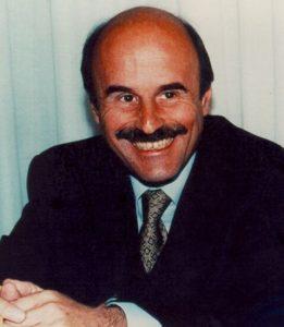 """""""Il lavoro senza aggettivi"""". Massimo D'Antona, ucciso diciassette anni fa"""