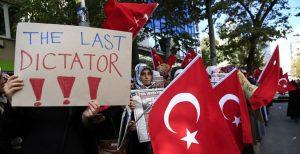 Erdogan vuole epurare i colpevoli del golpe o azzerare ogni opposizione?