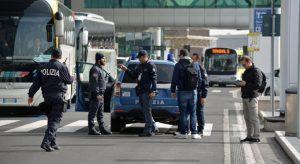 """Turisti """"low cost"""" in tempo di terrorismo fondamentalista. Quale sicurezza?"""