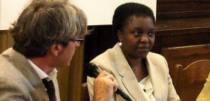 """L'ex ministra Kyenge alla vedova di Emmanuel: """"Abbiamo bisogno di te"""""""