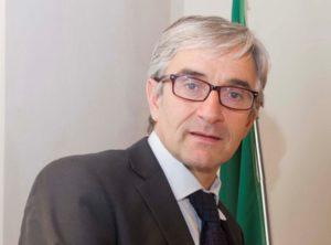 L'amianto, il buco nero di omissioni della nostra societàIntervista a Roberto Riverso, giudice della corte di Cassazione