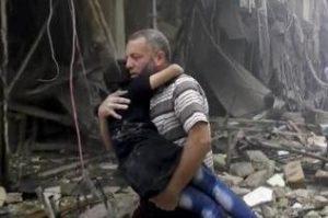 Siria, la guerra prosegue: 25 morti in un raid su Aleppo