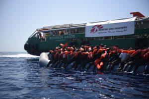MSF condanna l'attacco alla sua nave di ricerca e soccorso nel Mediterraneo da parte di aggressori non identificati
