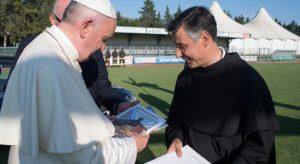 Papa Francesco, parole semplici e gesti forti