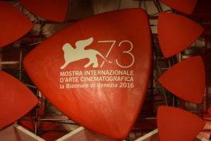 73esima Mostra del Cinema di Venezia: un angolo di memoria per le vittime del terremoto del 24 agosto a due passi dal red carpet
