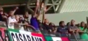 Saluto romano durante la partita Israele-Italia. La sottocultura che frequenta gli stadi