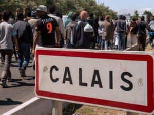 Arci: la grande muraglia di Calais e quell'umanità dolente che bussa alle nostre frontiere