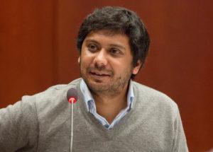 Pakistan, divieto di viaggio e minacce per giornalista