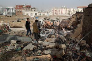 L'inferno (nell'oblio) dello Yemen, nuovi raid massacrano decine di civili