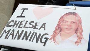 Obama grazia Chelsea Manning, la fonte di Wikileaks. Una prima vittoria della libertà d'informazione