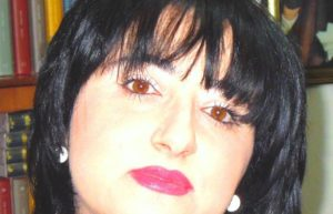 """Se raccontare dà fastidio. Intervista a Enza Dell'Acqua: """"volevano mettermi il bavaglio con una raccolta firme"""""""
