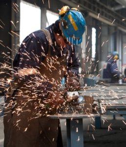 Operaio fabbrica Sevel-Fca costretto a farsi la pipi' addosso.Interrogazione Sinistra Italianaa Gentiloni