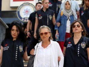 #Adottiamouncollegaturco: Nazli Ilicak, 73 anni, in carcere da 9 mesi