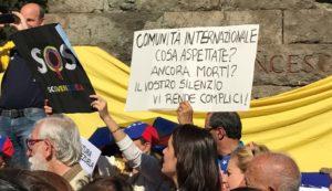 In tanti a Roma per chiedere libertà per il Venezuela
