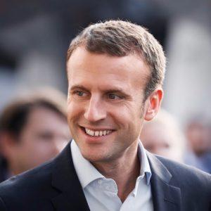 Macron: anche l'enarca avrà bisogno della politica