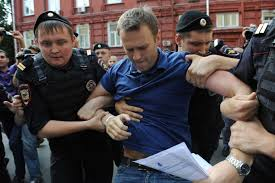 Alexey Navalny, oppositore di Putin arrestato a Mosca