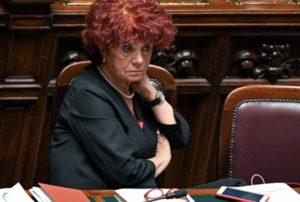 Ministra Fedeli, metta fine allo scempio sull'alta formazione