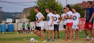 Un calcio al nazionalismo. La carovana Football No Limits in Bosnia Erzegovina per combattere vecchi e nuovi muri