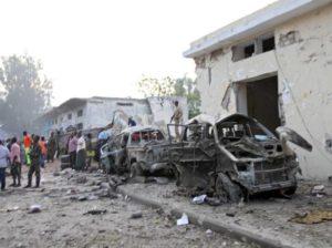 Somalia, nuovi attacchi di al-Shabaab. Ventisette morti a Mogadiscio