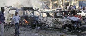 Somalia. Due camion bomba causano 300 morti. Nell'indifferenza generale
