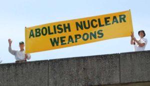 """""""Contro le armi nucleari"""". Lettera aperta al Presidente della Cei"""