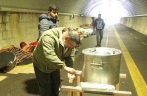 Gorizia. La galleria Bombi rifugio degli immigrati. Tra solidarietà e intolleranza