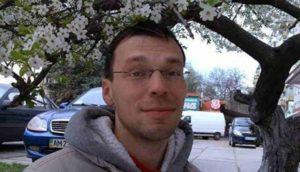"""Ucraina, giornalista critica la linea ufficiale: a processo per """"alto tradimento"""""""