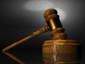 Turchia, braccio di ferro tra tribunali