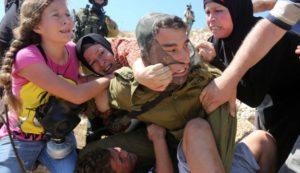 Giornate per Ahed. Lei è un simbolo. ma vi sono altri 350 minori palestinesi nelle carceri israeliane