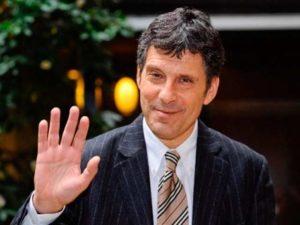 Fabrizio Frizzi: sessant'anni di sobrietà