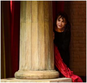 """L'interposta persona """"è"""" se stessa. Adriana Asti, dal Festival di Spoleto al Quirino di Roma si racconta in """"Memorie di Adriana"""""""