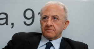Articolo21 Campania solidale con il Tgr Campania per le inaccettabili dichiarazioni del Governatore De Luca