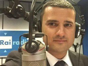 """Voragine Roma: cronista aggredito: """"volevano prendermi il cellulare"""". Cdr Giornale Radio, Fnsi e Usigrai: """"clima intollerabile"""""""