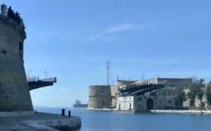 Taranto in festa: il ponte girevole ha compiuto 60 anni