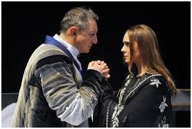 Antigone non deve morire. L'opera sofoclea, rivisitata da Federico Tiezzi, di scena al Teatro Argentina di Roma