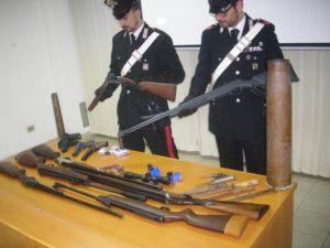 Italia: calano i reati, ma più armi in casa