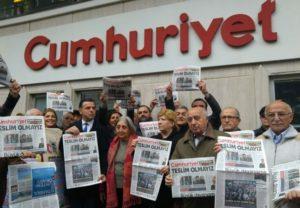 "Condanne ai giornalisti di Cumhuriyet, Fnsi: ""Abrogata la libertà di informazione"""