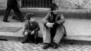 """Cannes 2018. """" Ladri di biciclette"""" ha 70 anni, curiosità su uno dei film più celebrati della storia del cinema"""