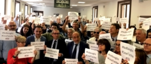 Perquisizioni nelle redazioni e attacchi alla libertà di stampa. Flash mob in Fnsi #NoBavaglio #CoseTurche