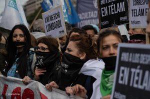 Argentina. Licenziati 354 lavoratori dell'informazione