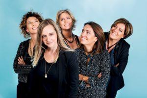"""""""Le Mujeres Creando"""". Una formazione di sole donne, che porta avanti un'idea di bellezza e poesia"""